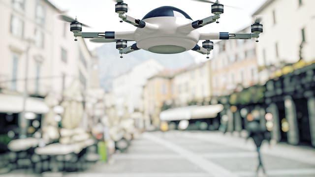 Symbolbild: Drohne in der Stadt