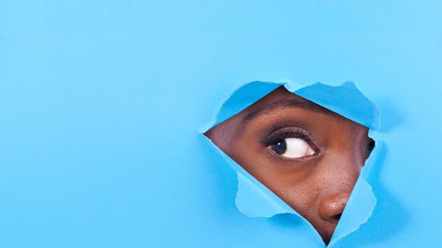 Neugier kann die Entscheidungsfindung beeinflussen – selbst wenn das Ergebnis schadet.