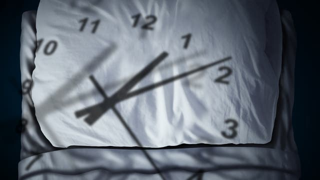 Schlaflos obwohl Nacht? Dann ist die innere Uhr verstellt.