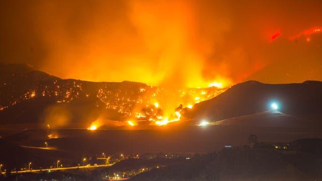 Waldbrand in Santa Clarita, Kalifornien
