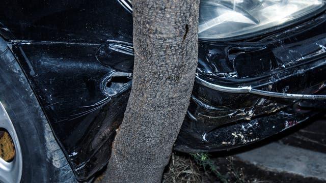 Ein schwerer Verkehrsunfall stellt ein traumatisches Erlebnis dar. Selbst wenn alle körperlichen Wunden verheilt sind, kann die Psyche noch Jahre später darunter leiden.