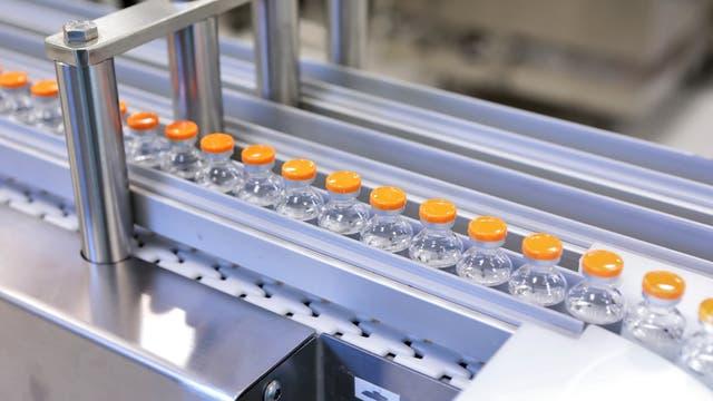Impfstoffe müssen in sterile Ampullen abgefüllt werden