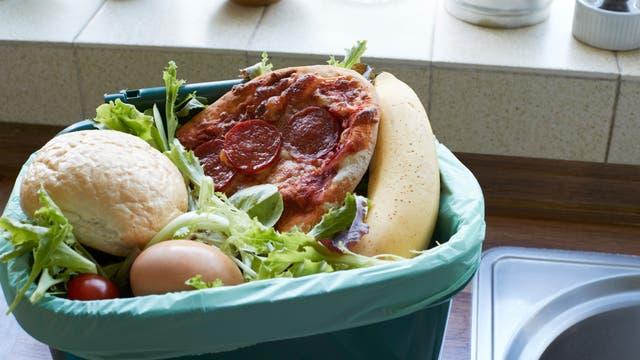 Sehr viele Lebensmittel landen im Abfall