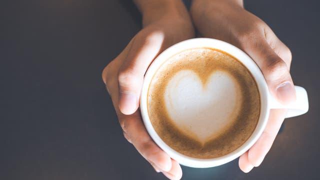 Herzchen im Kaffee