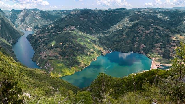 Wasserkraftwerk an der Drina