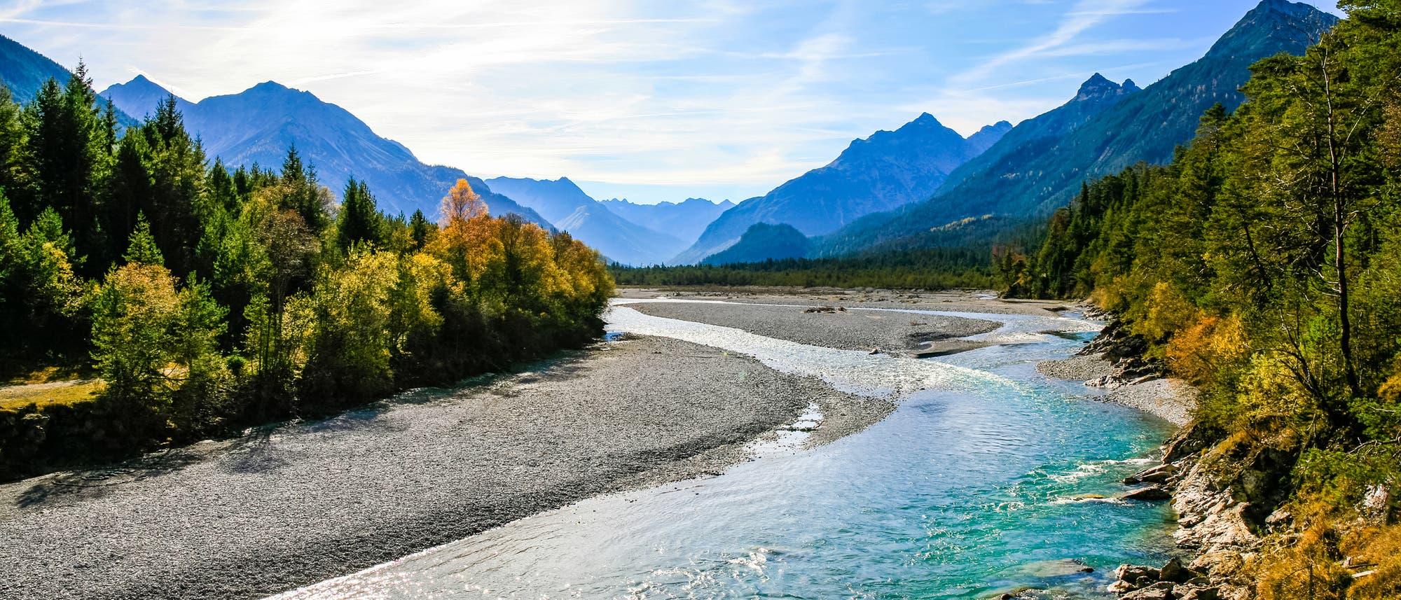 Blick auf den Lech in den Lechtaler Alpen