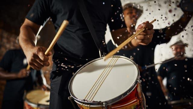 Trommler auf einer Karnevalsfeier