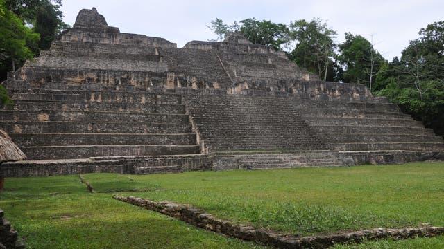 Caana Pyramide in Caracol, Belize