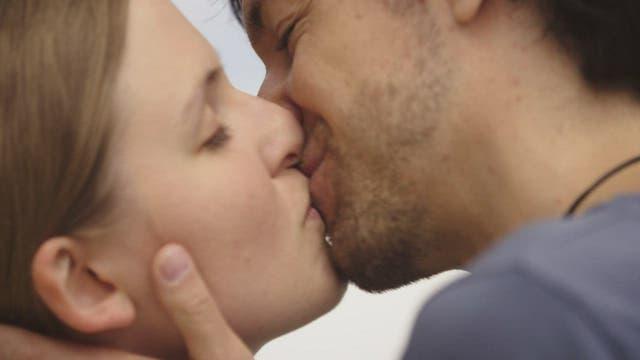 Partnerschaft: Mythos Monogamie– Liebe auf neuen Wegen