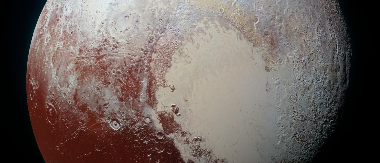 Pluto in Farbe