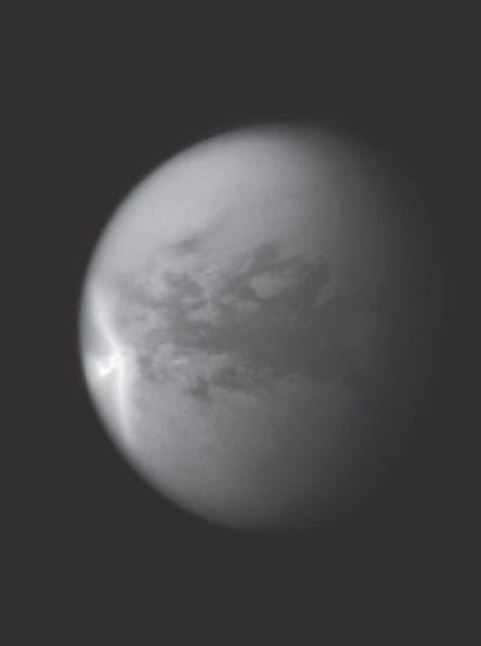 Pfeilförmige Wolke auf Titan