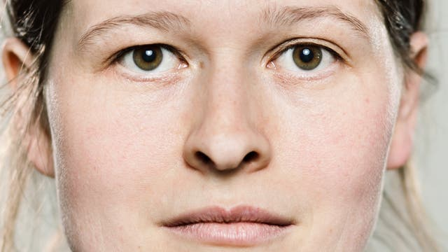 Frauenportrait (quer)