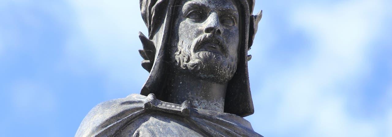 Wolfram von Eschenbach Statue